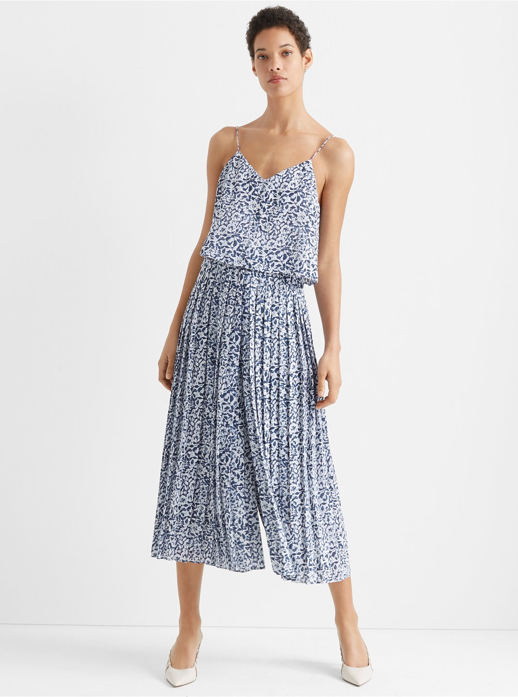 클럽 모나코 Club Monaco Pleated Jumpsuit,Navy Multi