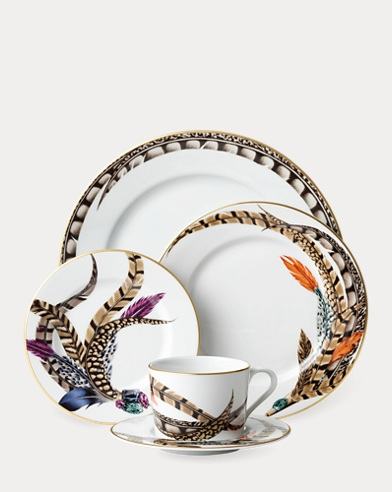 Carolyn Dinnerware Collection
