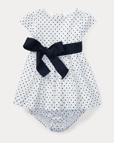 Gepunktetes Kleid mit Höschen