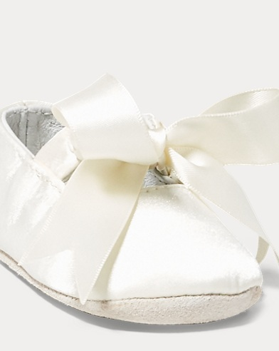 Satin-Slipper Briley