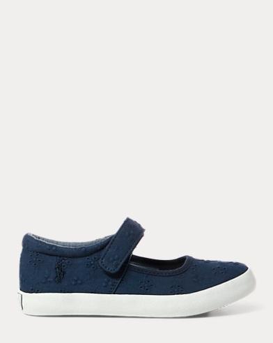 Sneaker Pippamit Lochstickerei