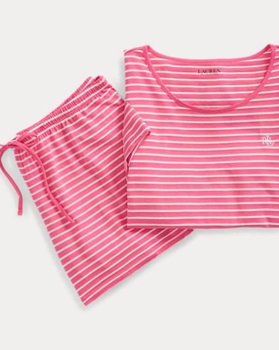 Kurzer Pyjama mit Streifen