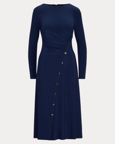 Gerafftes Kleid mit Druckknöpfen