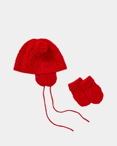 Bonnet et moufles en tricot d'Aran