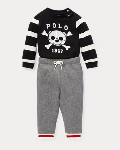 T-Shirt & Fleece Pant Set