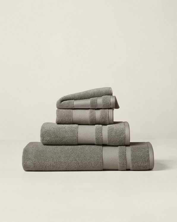 Wilton Towels & Mat