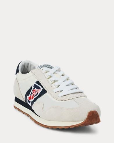 Sneaker Train