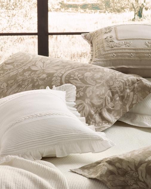 Ralph Lauren Home Vassena Throw Pillow 3