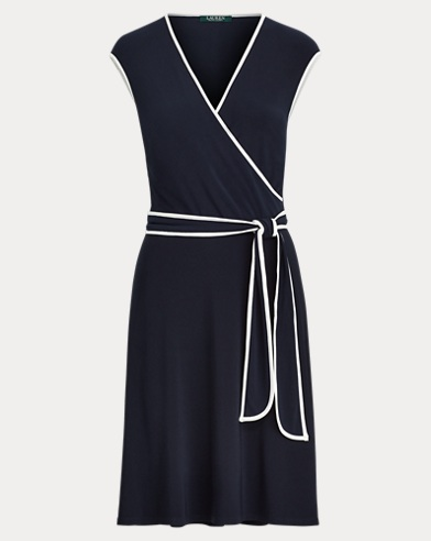 Zweifarbiges Jerseykleid mit Gürtel