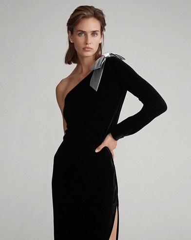 Bow-Brooch Velvet Dress