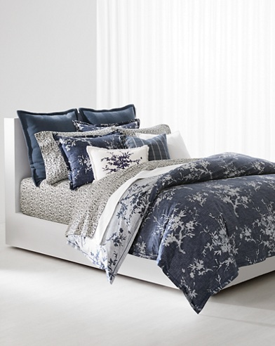 Eva Bedding Collection