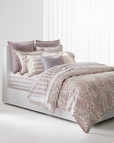 Claudia Bedding Collection