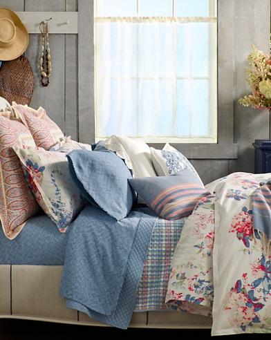 Veronique Bedding Collection
