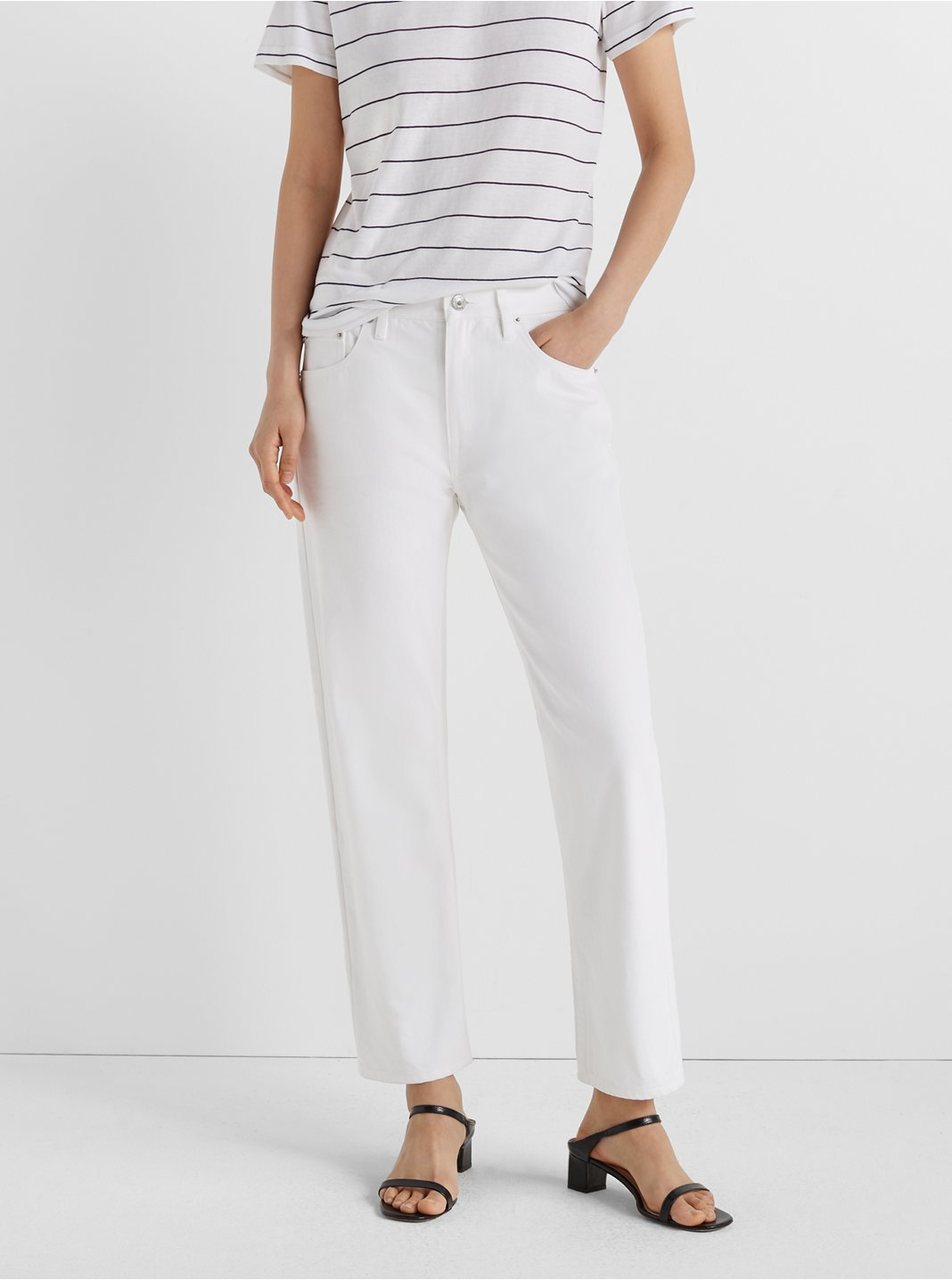 Relaxed Slim Crop Jeans