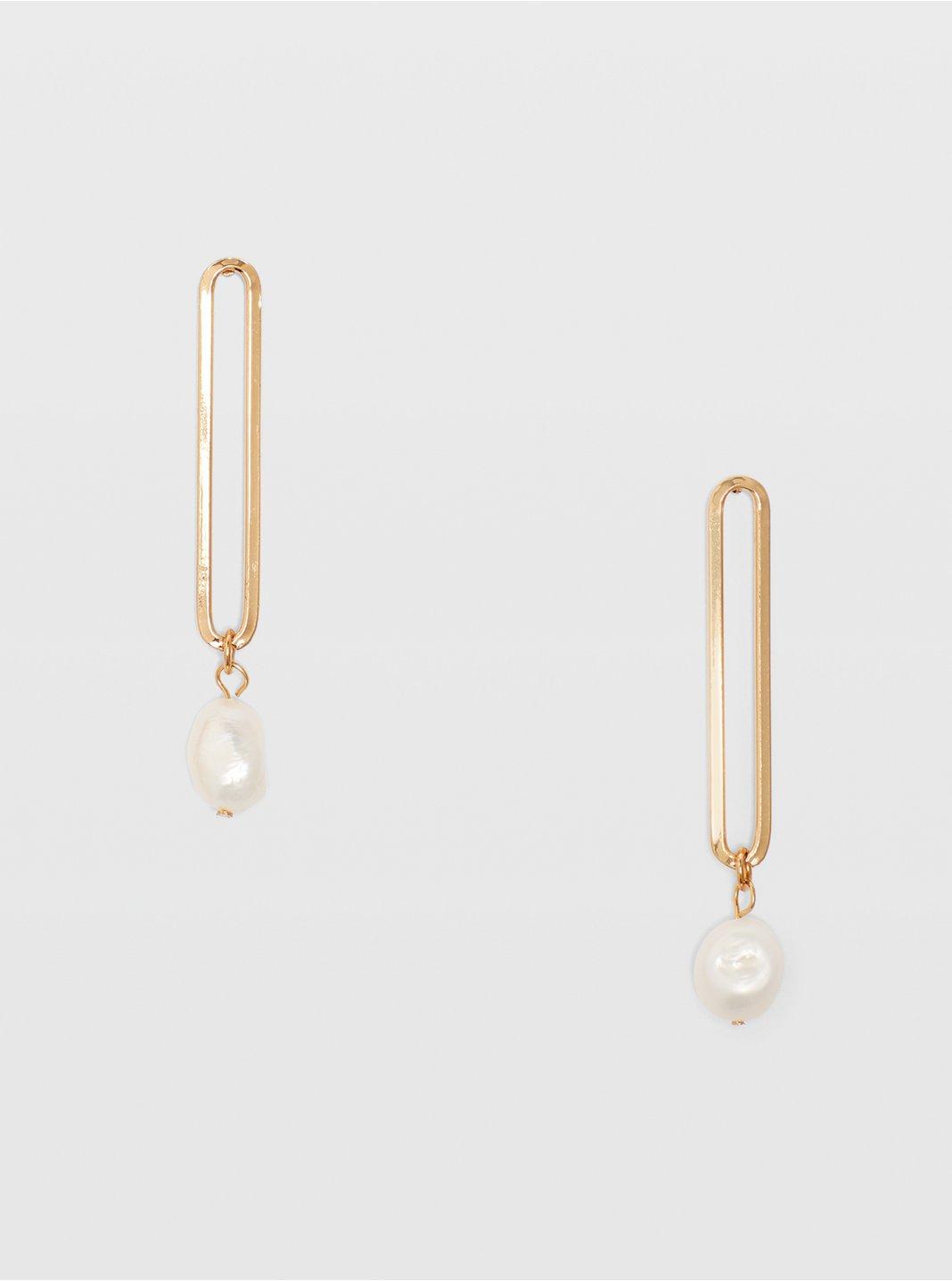 Pearl Link Earring
