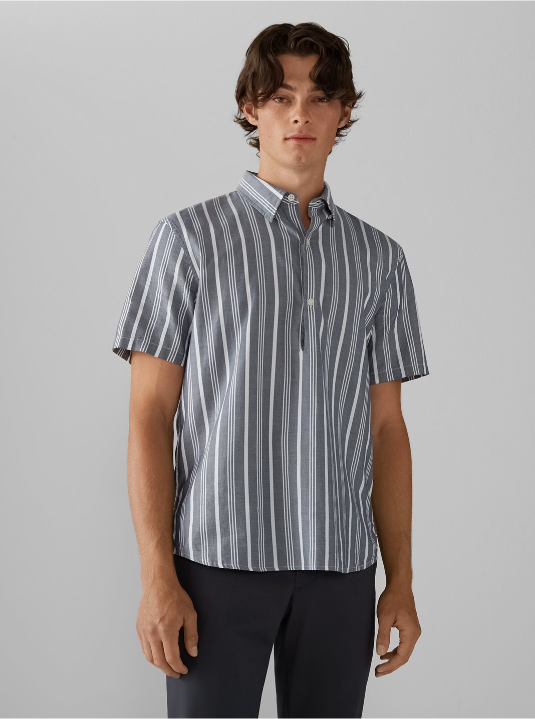 Short Sleeve Collared Popover