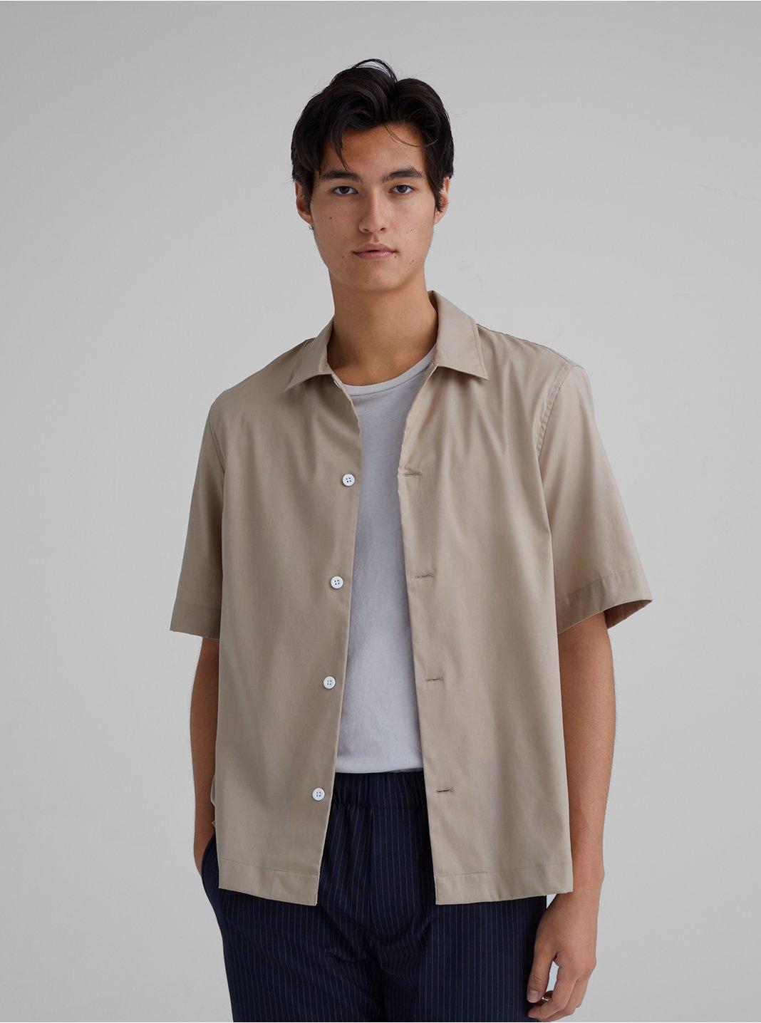 Convertible Collar Short Sleeve Shirt