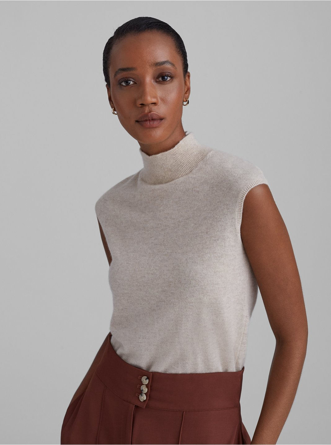 Cashmere Sleeveless Mockneck Sweater
