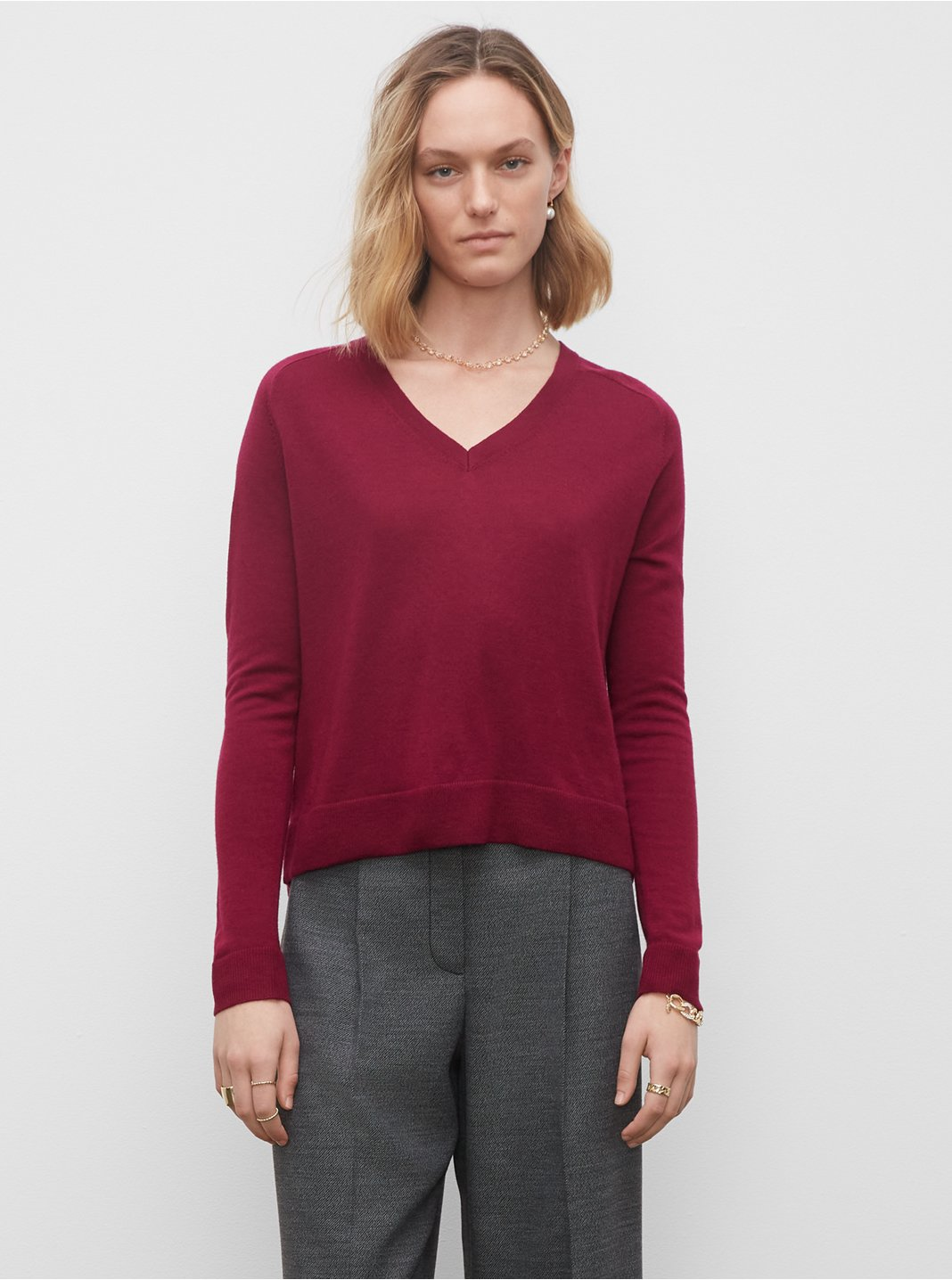 클럽 모나코 제이디 메리노 울 스웨터 - 와인 Club Monaco Zaydie Merino Wool Sweater, 561843