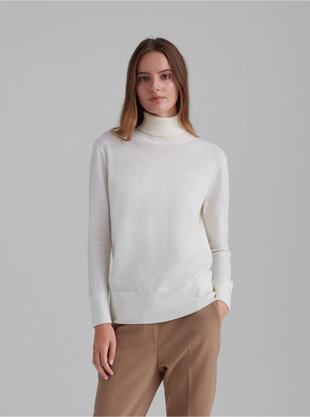 클럽 모나코 에센셜 메리노울 터틀넥 스웨터 - 아이보리 Club Monaco Essential Merino Wool Turtleneck 562003