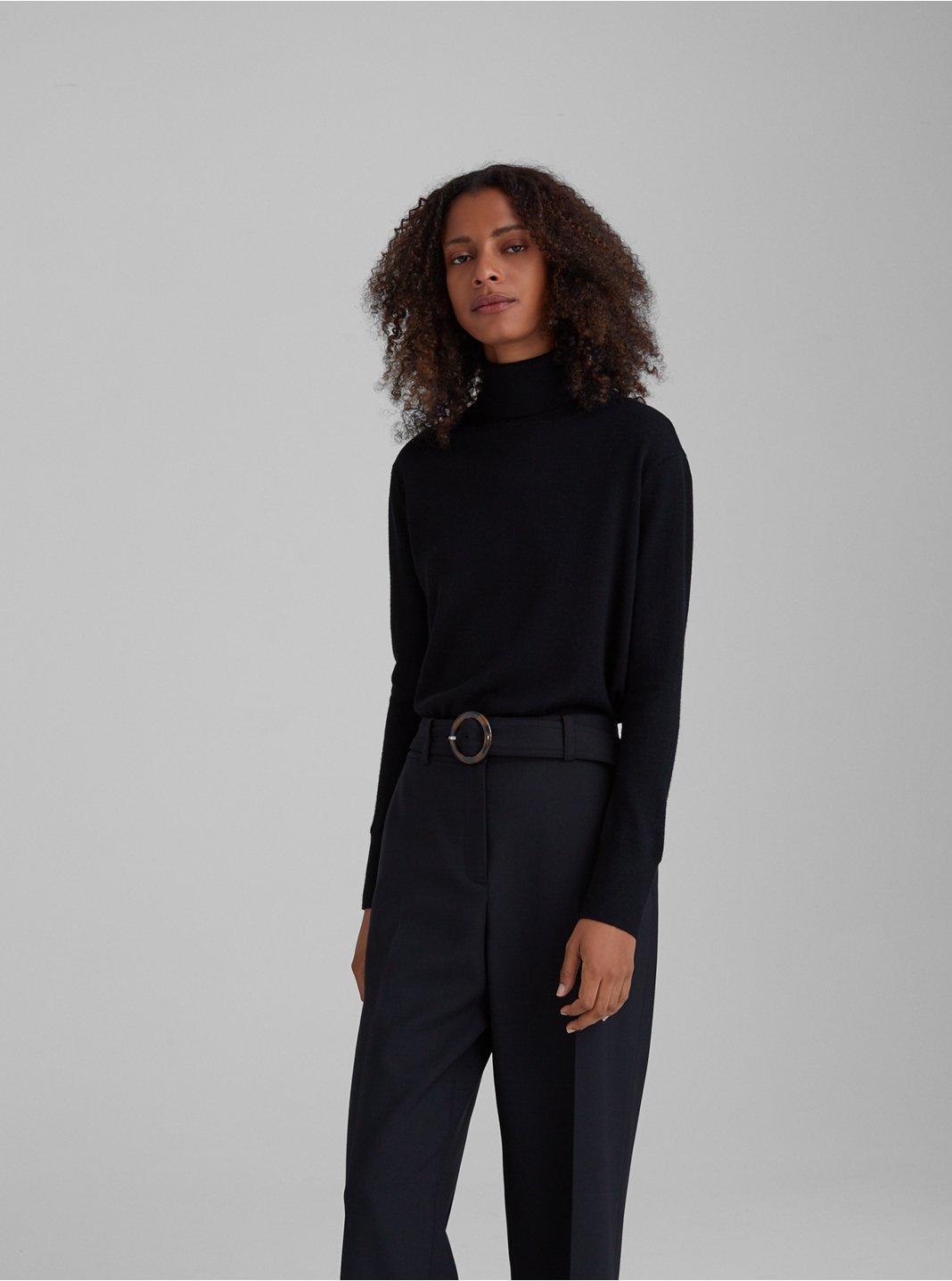 클럽 모나코 에센셜 메리노울 터틀넥 스웨터 - 블랙 Club Monaco Essential Merino Wool Turtleneck 562003