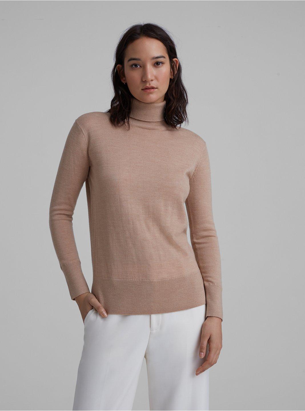 클럽 모나코 에센셜 메리노울 터틀넥 스웨터 - 카멜 Club Monaco Essential Merino Wool Turtleneck 562003