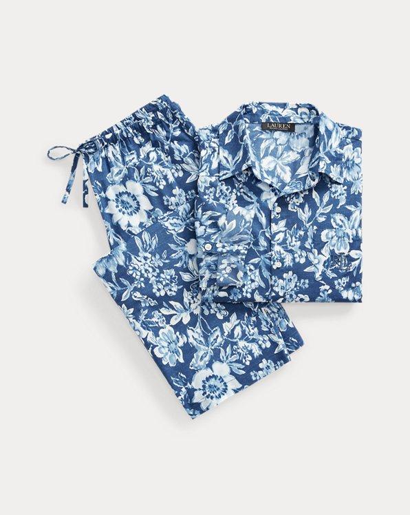 Geblümter Pyjama mit Caprihose